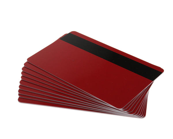 Pack of 100 Red 760 micron Grade A Cards with Hi-Co Magnetic Stripe