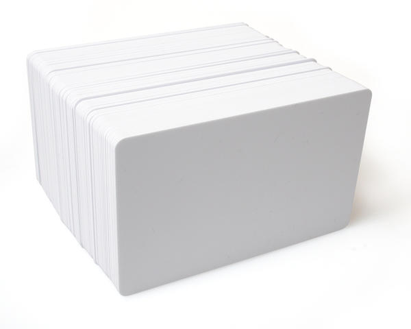 Dyestar White 760 Micron PVC Cards - Pack of 100
